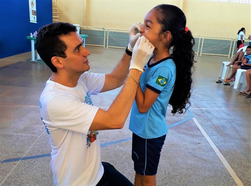 Dr. Ismael Sandro.