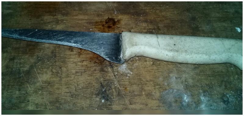 Homem é agredido a golpes de faca em São João do Arraial