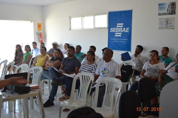 SEBRAE e Banco do Nordeste fazem reunião com empreendedores de Colônia do Gurgueia
