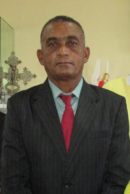 Vereador Mariano Cardoso apresenta requerimento pedindo quebra molas