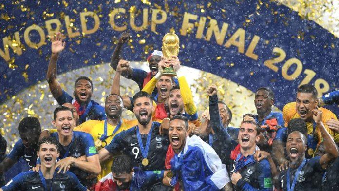 Seleção francesa receberá honraria por título da Copa na Rússia