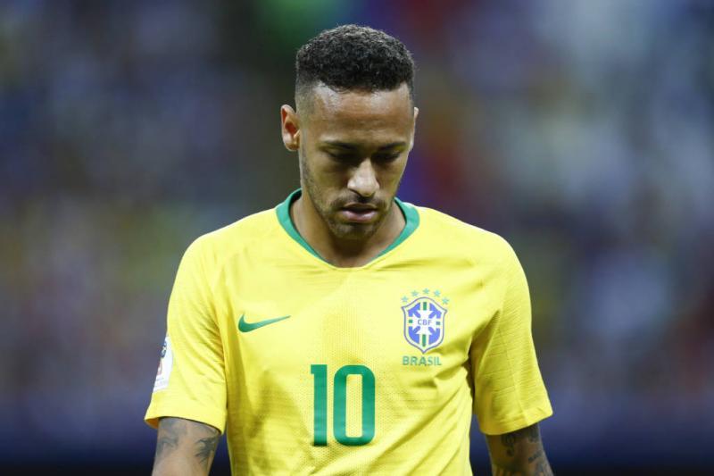 CBF quer poupar Neymar de amistosos da Seleção
