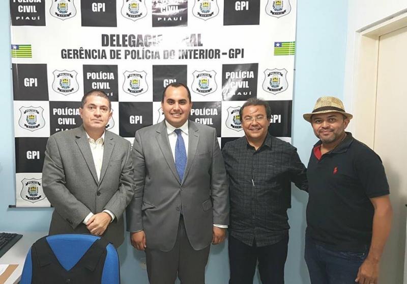 Prefeito de Água Branca pede imediata nomeação de delegado titular para o município