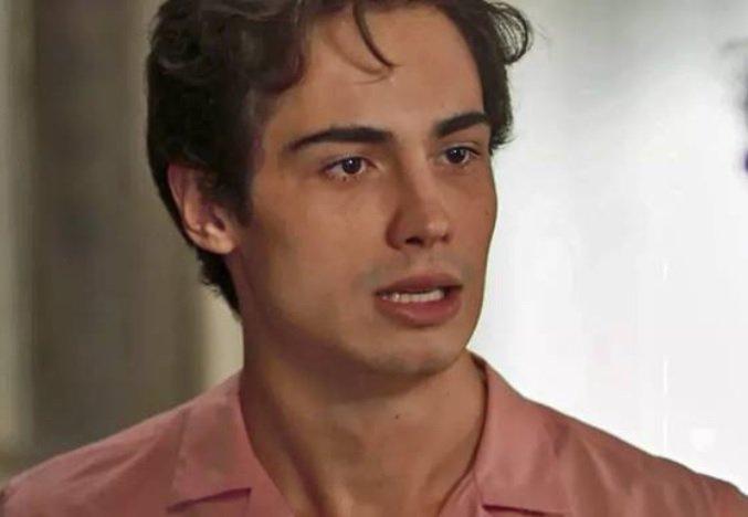 Segundo Sol: Valentim descobre passado de Karola e se revolta