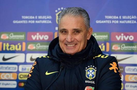 Tite aceita proposta da CBF e renova contrato até a Copa 2022