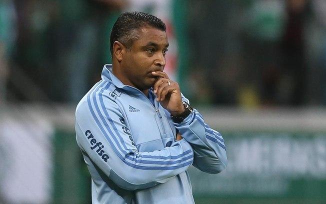 Roger Machado é demitido do Palmeiras após derrota para o Fluminense