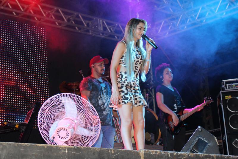 Shows encerram os festejos de Lagoinha do Piauí