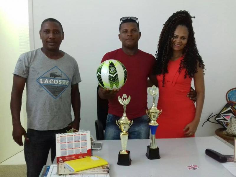 Secretaria de Cultura, Esporte e Lazer realiza entrega de material esportivo