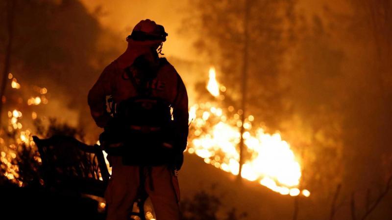 Incêndios matam cinco pessoas no norte da Califórnia