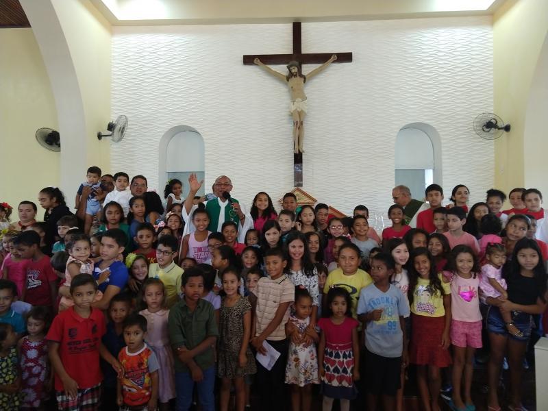 Demerval Lobão | Centenas de crianças participam de missa dedicada a elas nos festejos da cidade