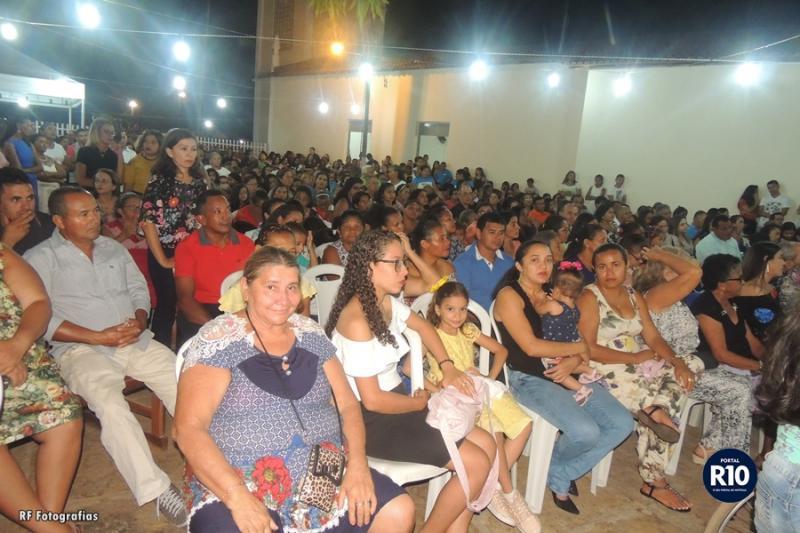 Centenas de pessoas participam da última novena nas festividades de São José em Campo Largo-PI