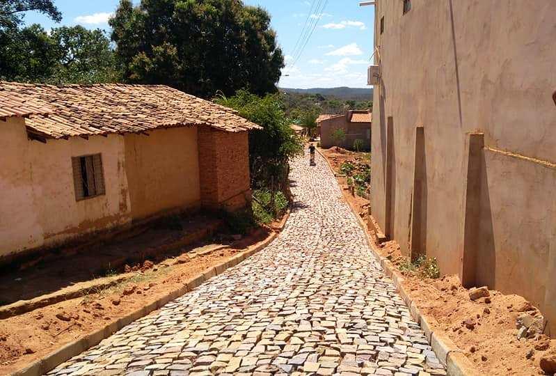 Prefeitura de Barro Duro inicia obras de pavimentação poliédrica