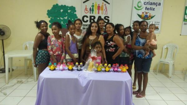 Secretaria Municipal de Assistência Social realiza curso para as mães do Programa Criança Feliz