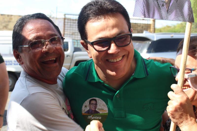 Deputado Zé Santana homologa candidatura à reeleição