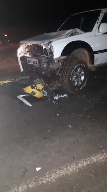 Motociclista morre após colidir com caminhonete na BR-343