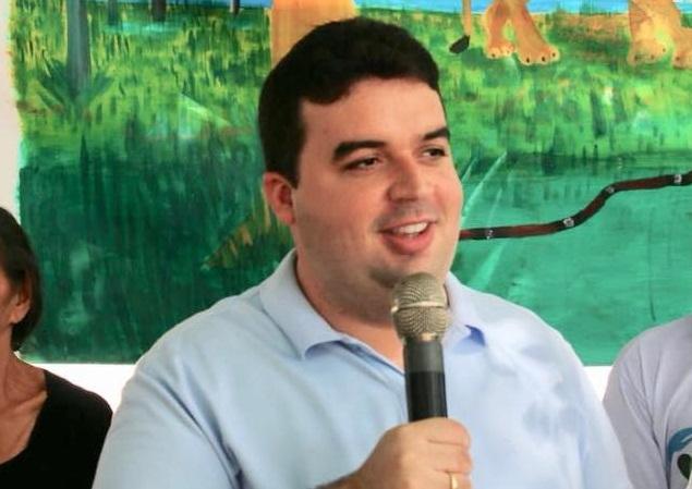 Juiz condena prefeito de Palmeirais a pagar indenização a ex-secretária