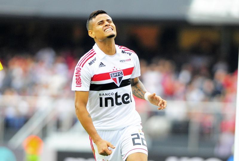 São paulo assume a liderança do Campeonato Brasileiro