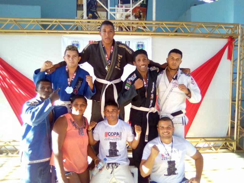 Corrente sedia campeonato de Jiu-Jitsu