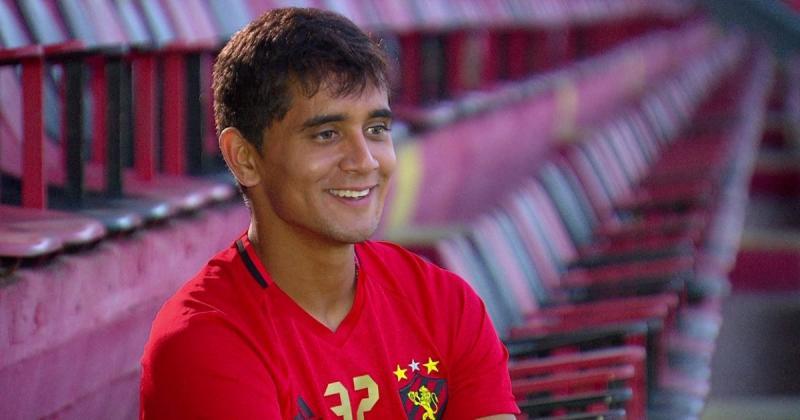 São Paulo acerta contratação de Everton Felipe e Morato vai para o Sport
