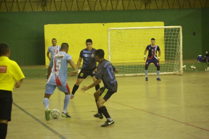 Jogos e muitos gols marcam abertura do Campeonato Altoense de Futsal