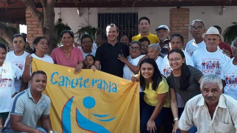 Prefeitura de Nazária realiza atividades de Capoterapia para idosos