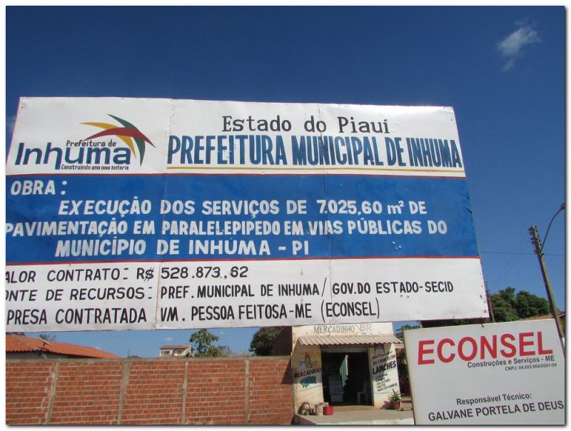 Prefeitura de Inhuma inaugura pavimentação em paralelepípedo no bairro Araxás