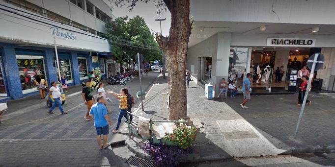 Veja como funcionam as lojas do centro de Teresina neste sábado