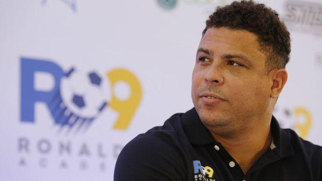 Ronaldo Fenômeno é internado em Ibiza com forte gripe