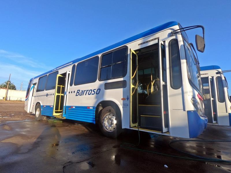 Parceria garante seis novos ônibus climatizados no trecho Altos-Teresina