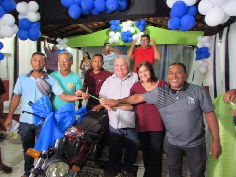 Prefeitura  Municipal de Lagoinha do Piauí realiza festa em homenagem ao dia dos pais