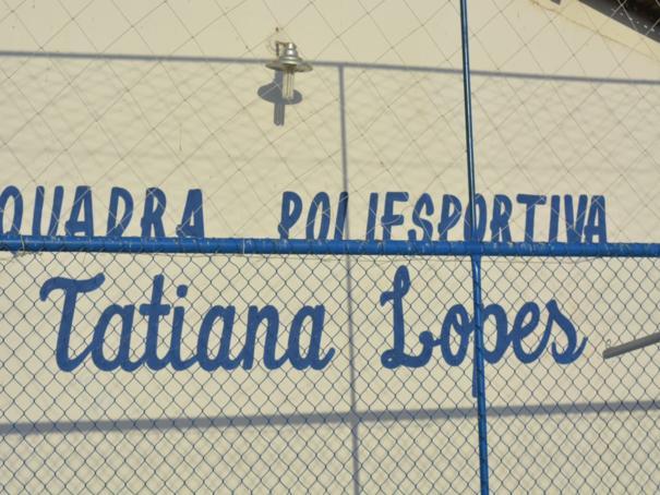Escola Municipal Visconde da Parnaíba ganha quadra poliesportiva e sala de leitura e multimídia