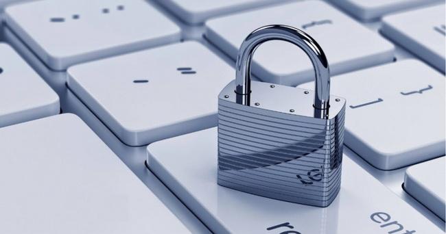 Após oito anos, governo sanciona lei de proteção de dados