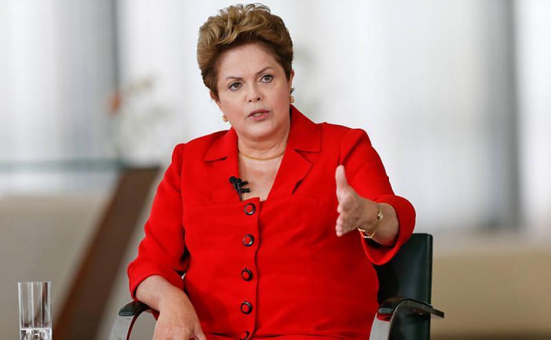 Candidatura de Dilma Rousseff é contestada no TRE