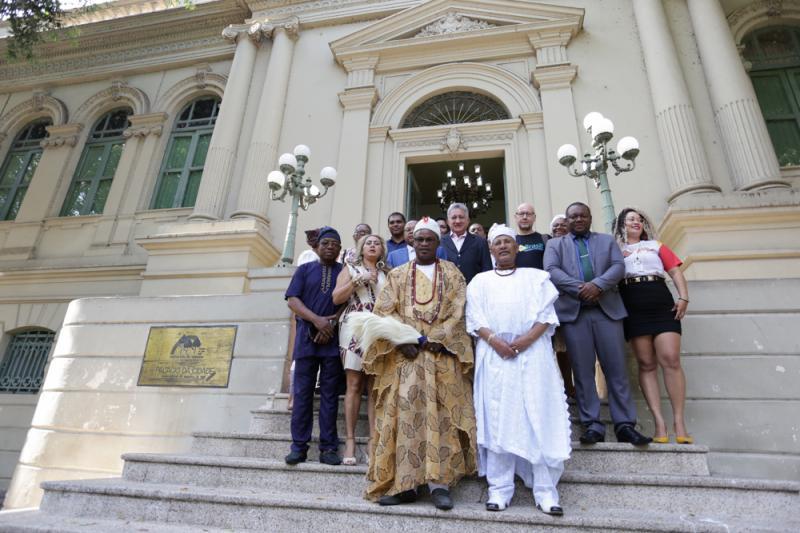 Príncipe da Nigéria visita Teresina para evento de lançamento neste sábado