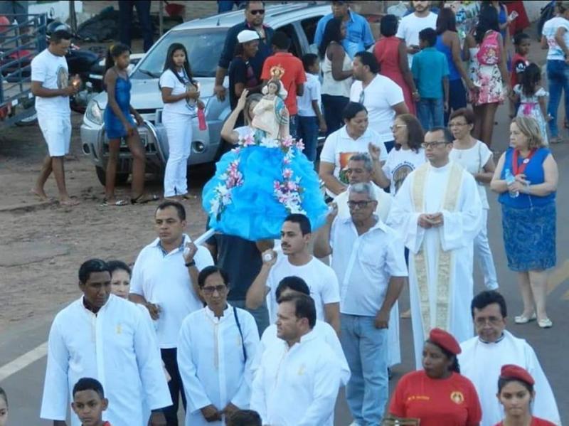 Procissão em Honra a Nossa Senhora Divina Pastora encerram os Festejos de Gilbués