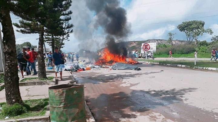 Brasileiros e venezuelanos entram em confronto em Roraima