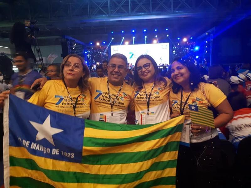Secretária de Educação de Água Branca participa de fórum em Recife
