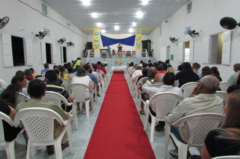 Pais são homenageados na Igreja O Brasil Para Cristo