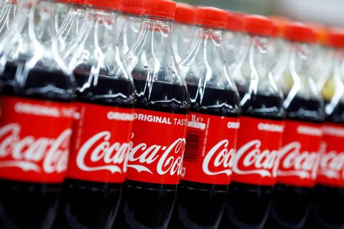 Coca-Cola pressiona governo e ameaça deixar Brasil