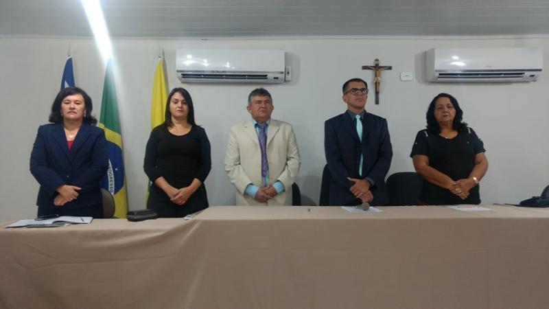 Prefeita  participa de Sessão solene de abertura dos trabalhos legislativos