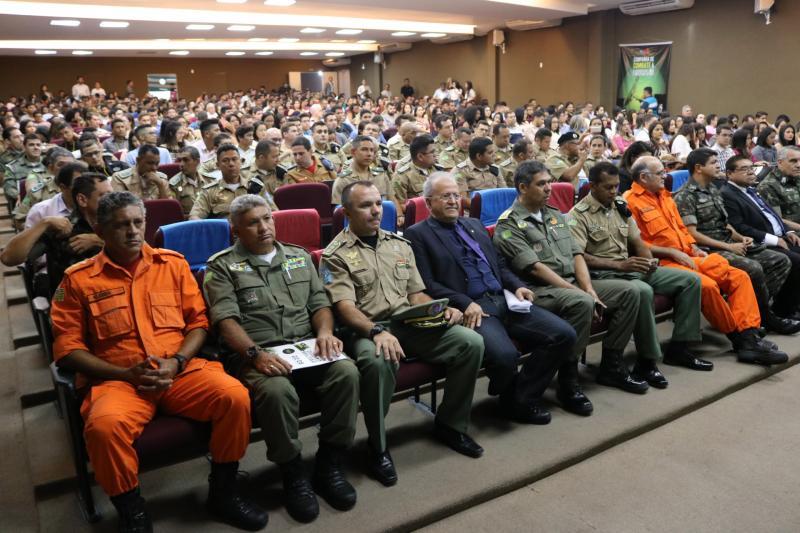 Ministro discute o uso de Forças Armadas e Segurança no Piauí