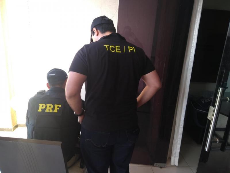 Polícia divulga nomes de empresários e servidores presos em operação