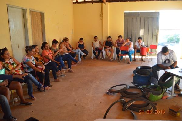 Serviço social de Colônia do Gurgueia promove curso de reciclagem em pneus