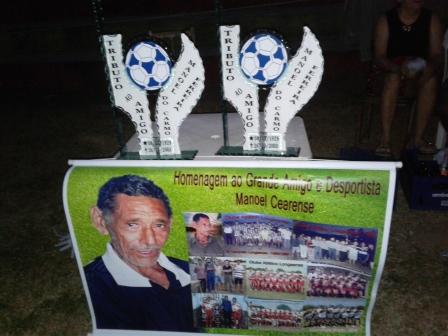 Atletas e desportista homenageia o Desportista Manoel Cearense (O Ieié)