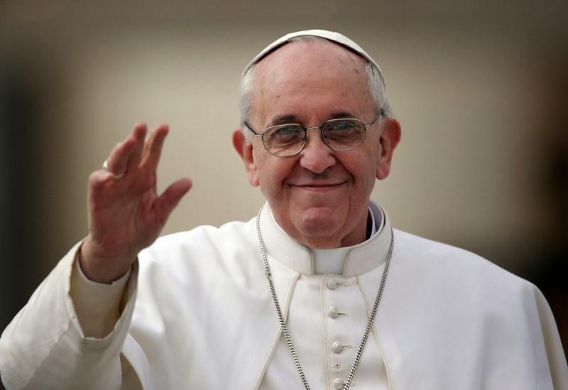Vaticano muda fala do papa sobre 'psiquiatria' e homossexualidade