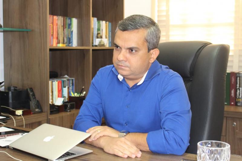 Sebastião Jr. destaca papel dos advogados na construção da democracia