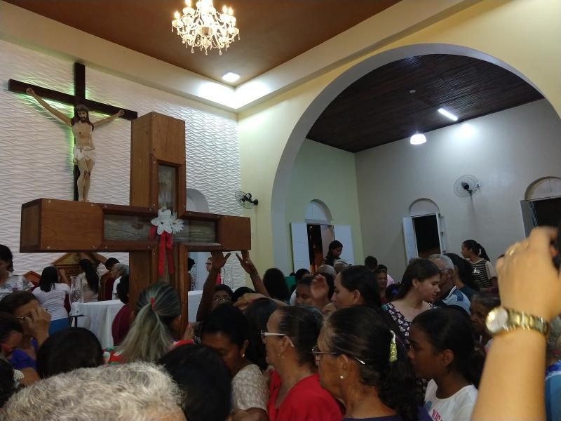 Demerval Lobão   Peregrinação de Santa Cruz dos Milagres pela cidade; veja