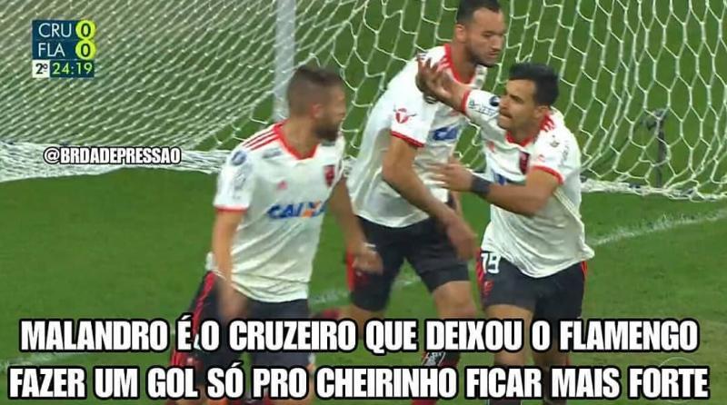 Flamengo é eliminado na Libertadores e vira piada na web