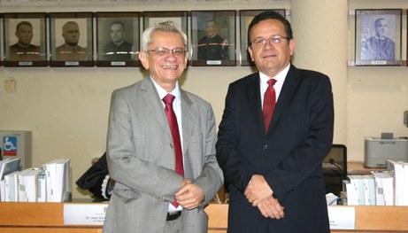 Sebastião Ribeiro assume presidência do TRE-PI