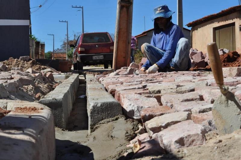 Projeto Pavimenta corrente contempla novas ruas